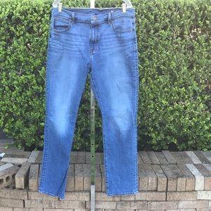 Vineyard Vines Straight Leg Blue Jeans Size 36x34
